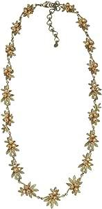 """Tundra Rose""轮廓项链由 Michael Michaud 设计,适合银色季节."