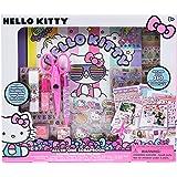 Hello Kitty All-in-One DIY 剪贴簿,来自美国 Horizon Group ,包含 400 多种剪贴簿、剪贴簿、信封、装饰配件、贴纸、剪刀、邮票、胶水和亮片